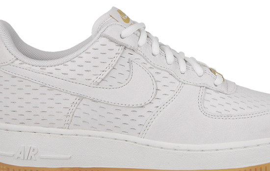 DAMEN SCHUHE NIKE AIR FORCE 1 '07 PREMIUM 616725 104