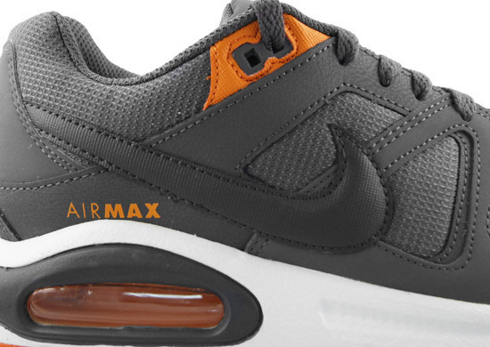 BUTY NIKE AIR MAX COMMAND 629993 009 -25%